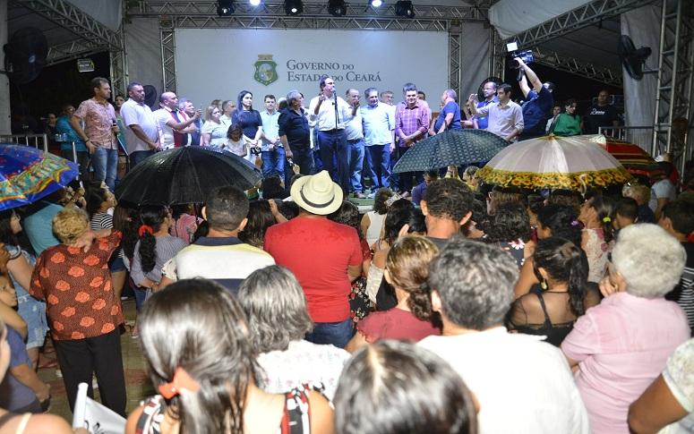 Moradores de Quixeré comemoram urbanização da Lagoa do Pontal