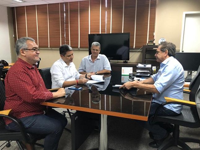 Termo de Cessão de posse da CTR de Sobral é assinado na SCidades